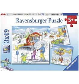 Ravensburger Let's Go Skiing! 3x49 pc