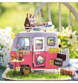 DIY Happy-House Camper