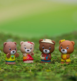 Fat Brain Toy Co Timber Tots: Paw Paw Family (set of 4)