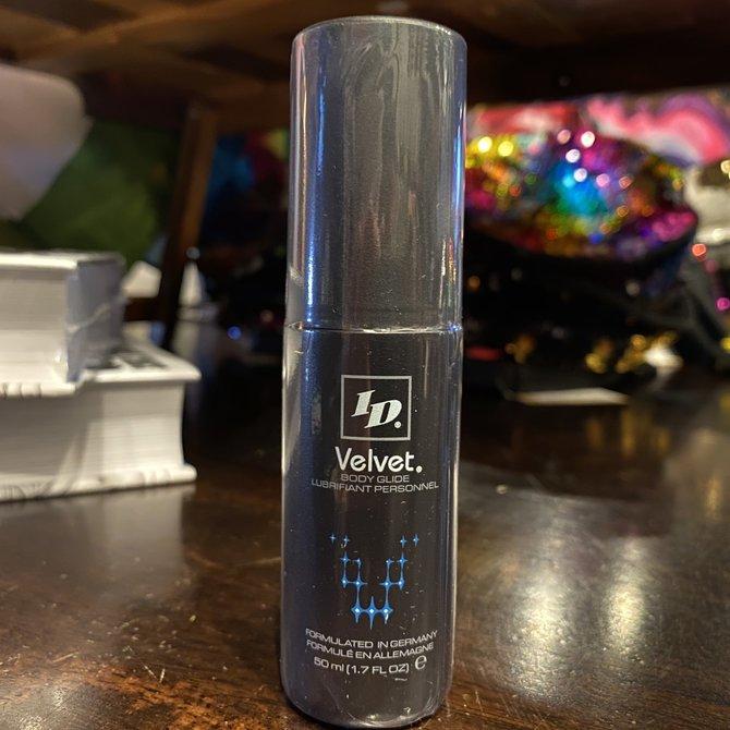 ID Velvet 01.7 oz
