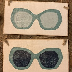 Wood Hanger - Lg Aqua Shades Gray lenses