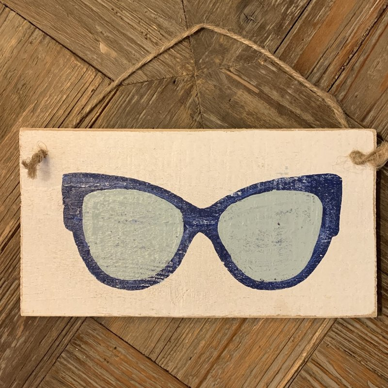 Wood Hanger - Lg Blue Cateye Shades