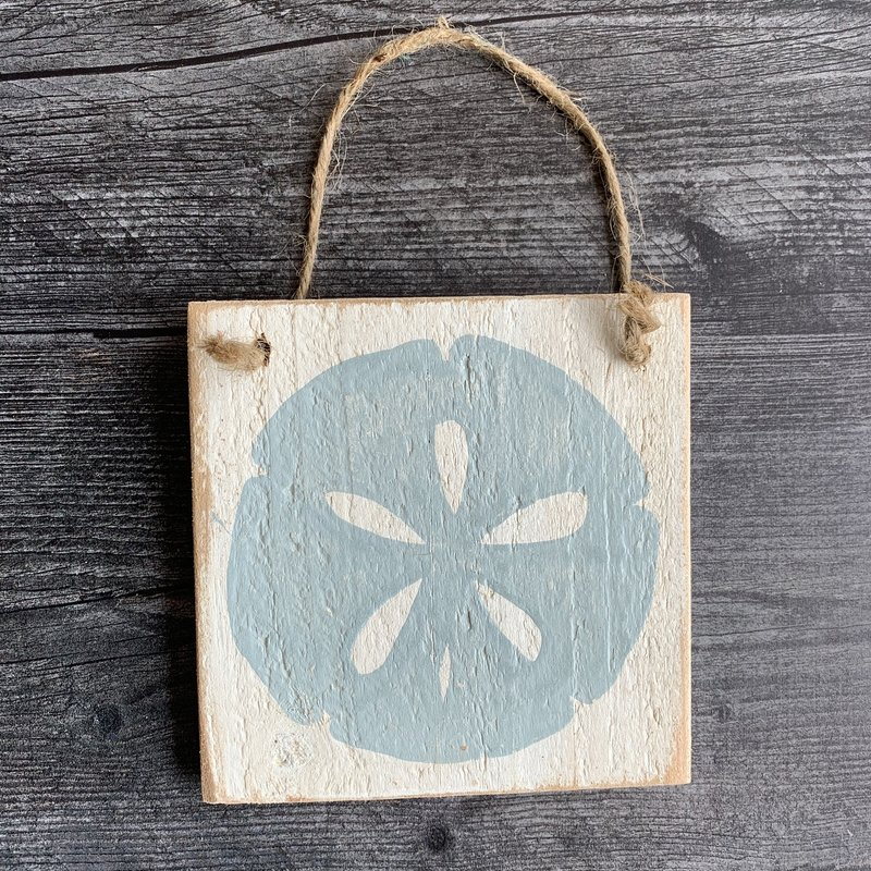 Wood Hanger - Sand dollar - Yarmouth Blue