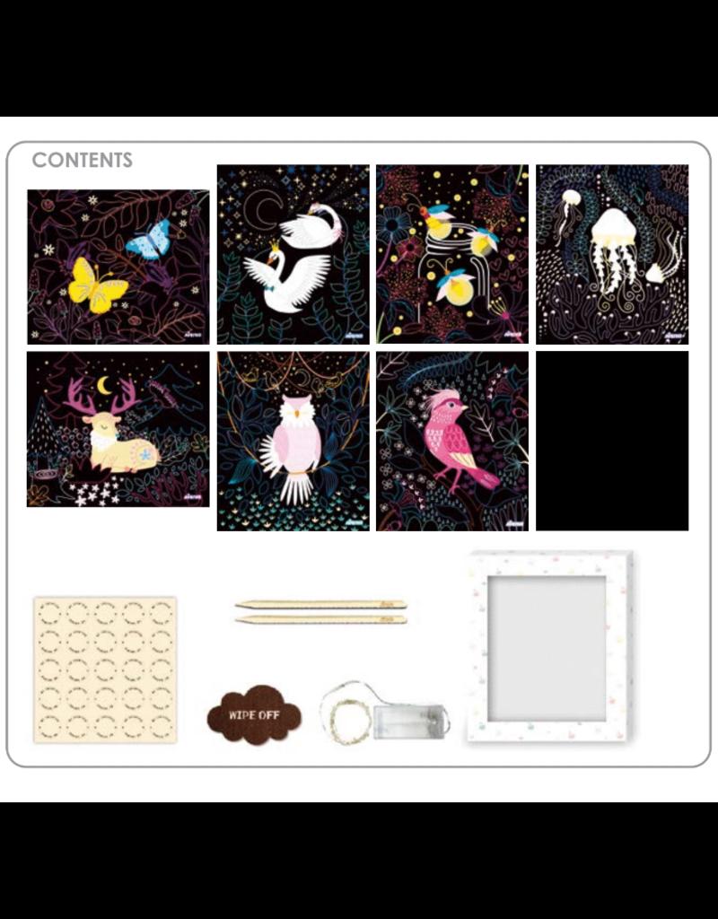 AVENIR Create Your Own Scratch Art Light Box