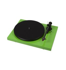 Pro-Ject Pro-Ject Debut Carbon DC Turntable