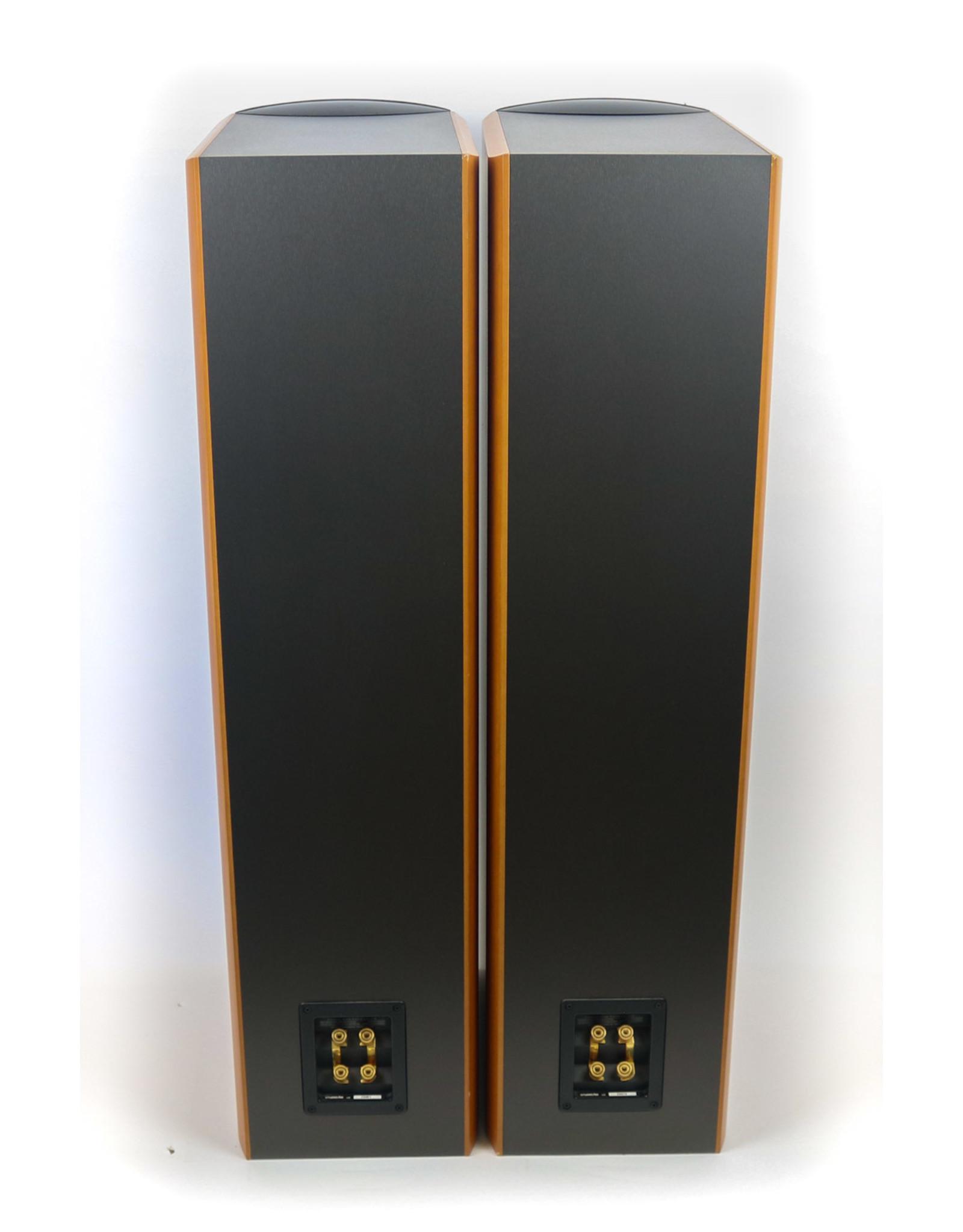 Paradigm Paradigm Studio 60v2 Floorstanding Speakers USED