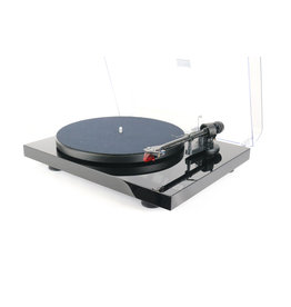 Pro-Ject Pro-Ject Debut Carbon DC Turntable Black USED