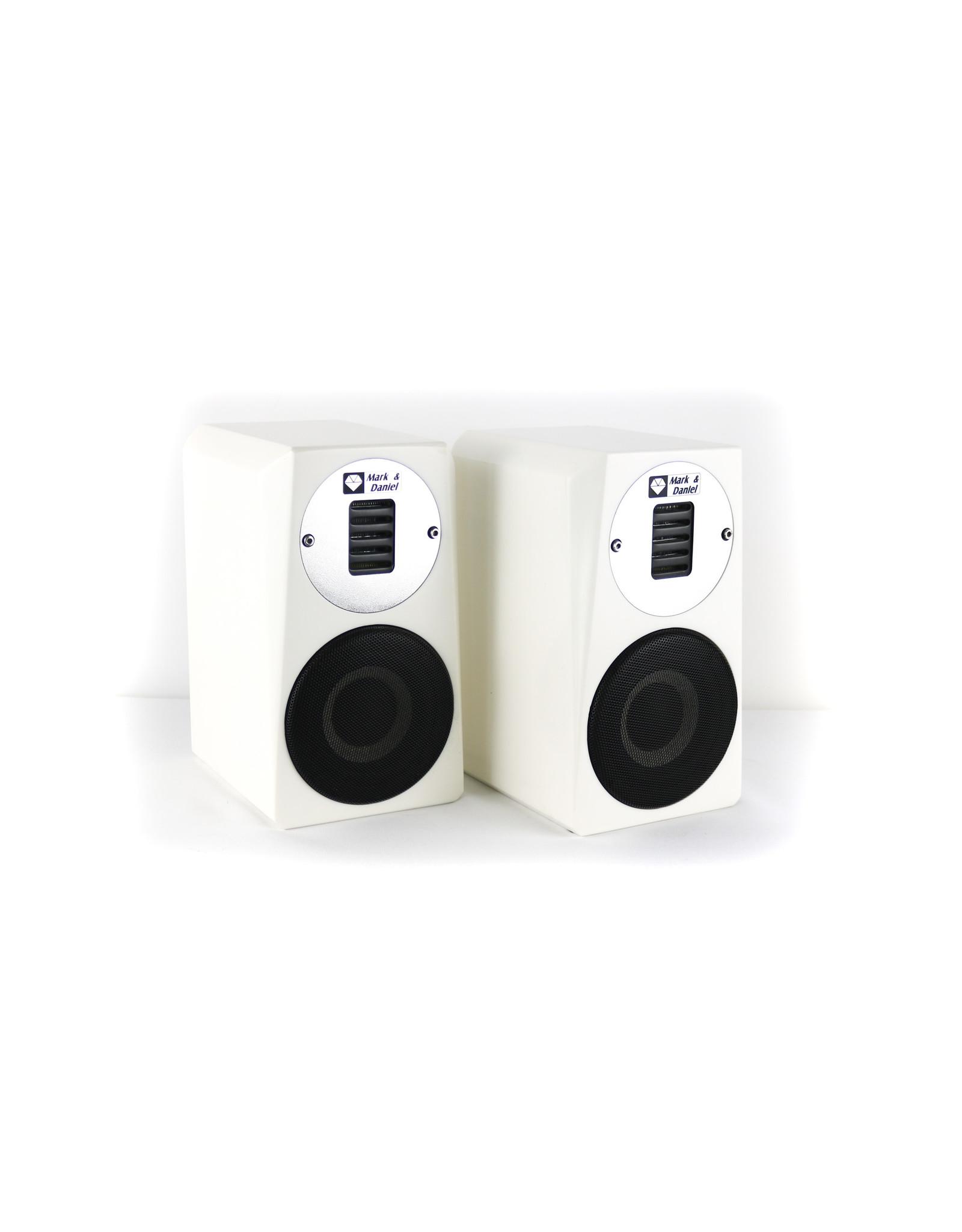 Mark & Daniel Mark & Daniel Maximus-Mini White Bookshelf Speakers USED