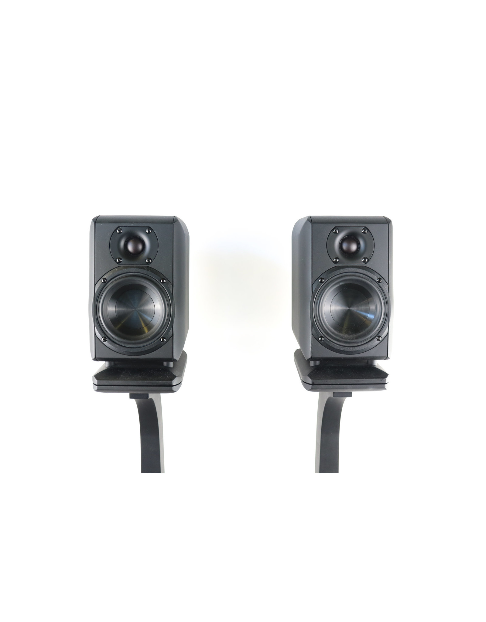 Chario Chario Piccolo Bookshelf Speakers with Stands USED