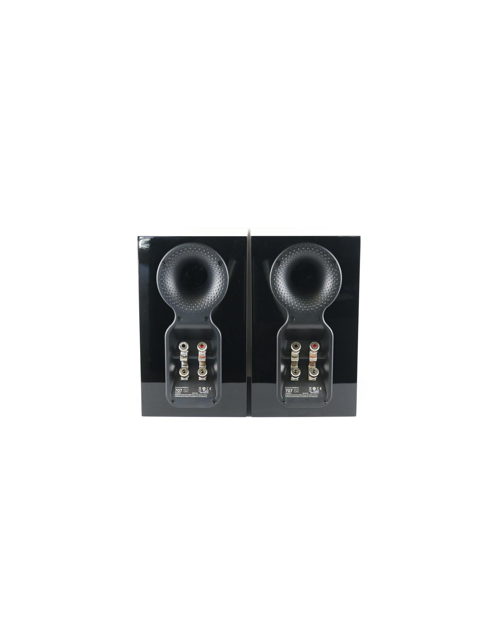 B&W B&W 707 S2 Bookshelf Speakers Gloss Black USED