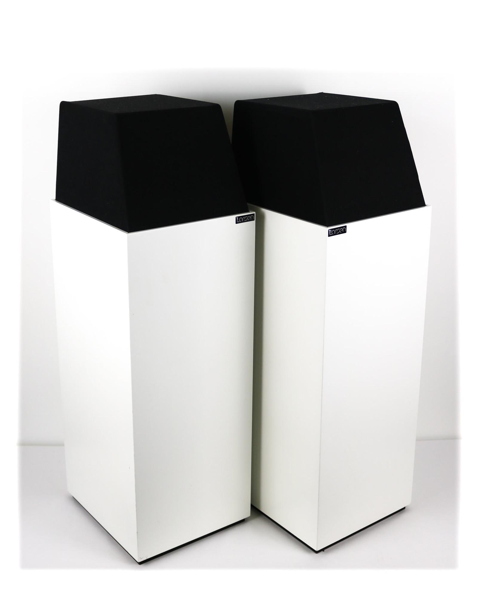 Larsen Larsen 4.2 Floorstanding Speakers White EX-DEMOS USED