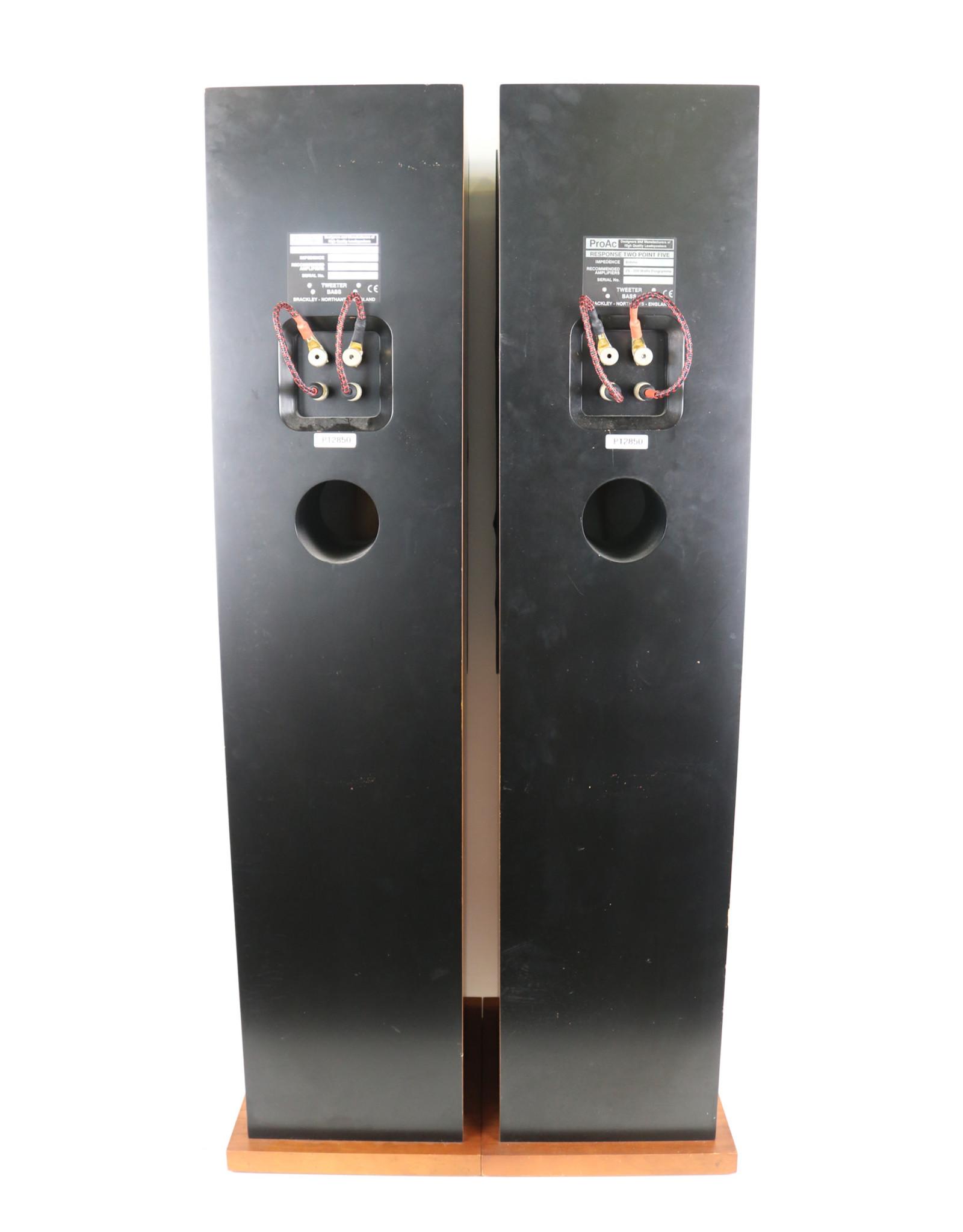 ProAc ProAc Response 2.5 Floorstanding Speakers USED