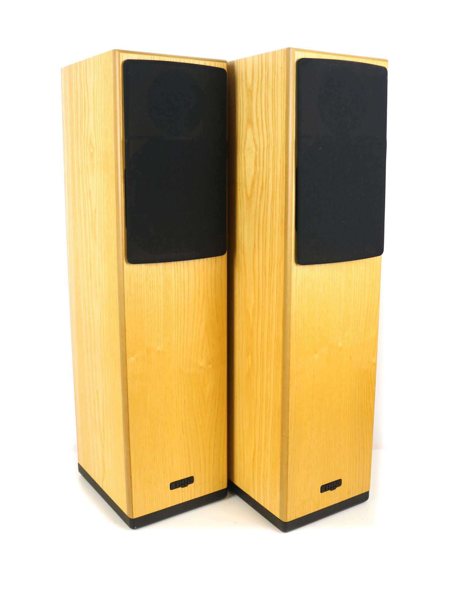 Rega Rega Jura Floorstanding Speakers Oak USED