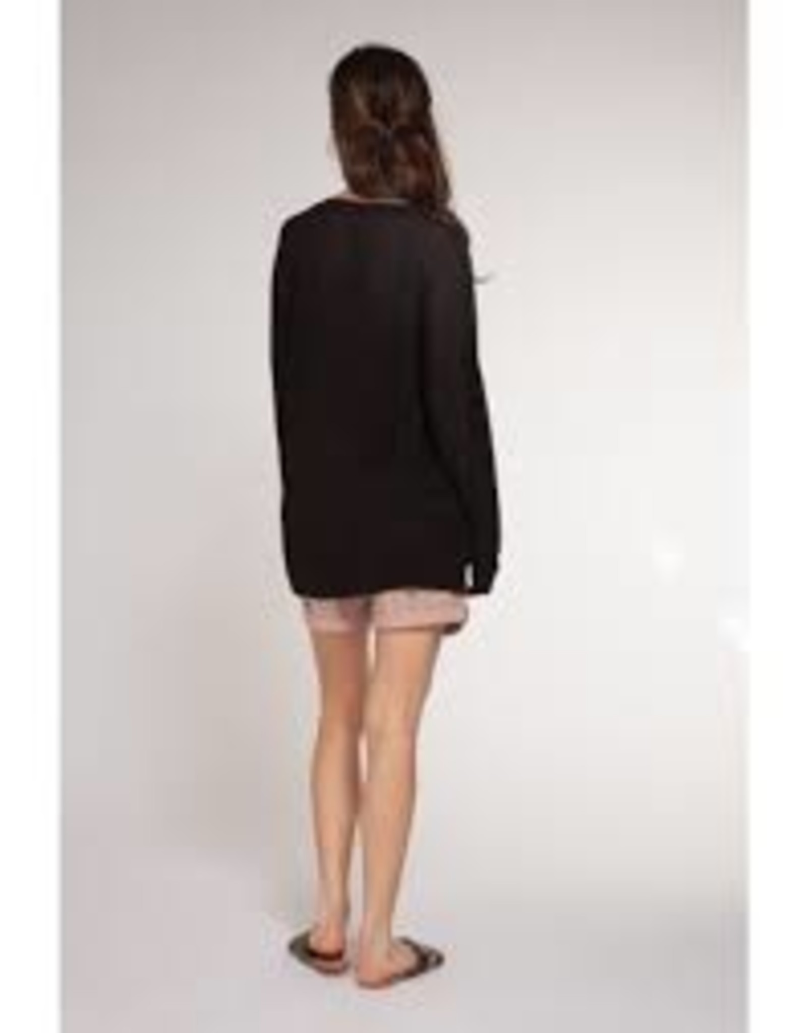 Dex Bros Clothing Co Ltd. Basic long sleeve v-neck oversize pullover, black