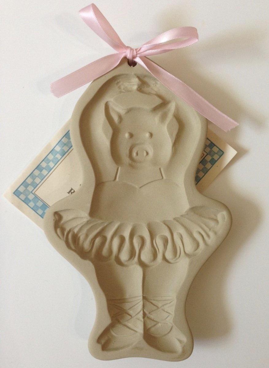 BALLERINA PIG COOKIE MOLD-1