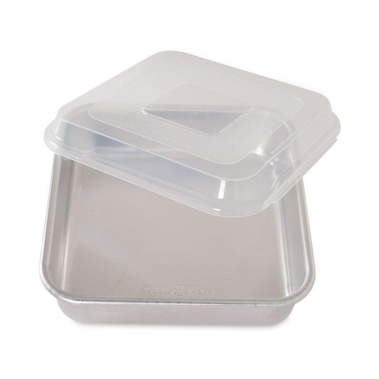 NWAR  SQ CAKE PAN W/LID-1