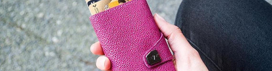 Wallets Women category header
