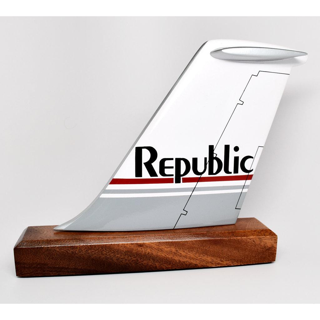 Republic Logo Tail