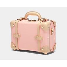 The Correspondent Pink-Vanity