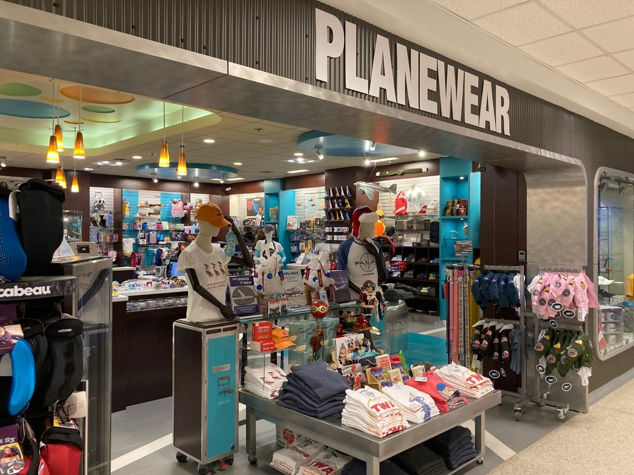 Planewear Store at SeaTac International Airport