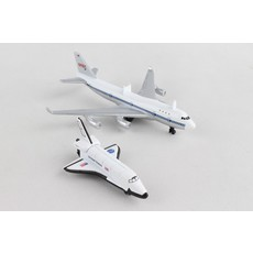 NASA 747 and Space Shuttle