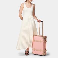 The Correspondent Pink - Carryon