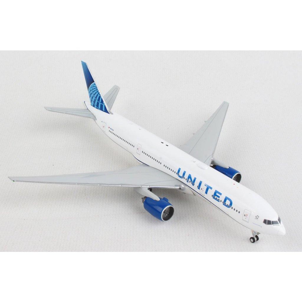 United 777-200 1/400