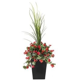 "Veronneau 40"" Outdoor red geranium planter"