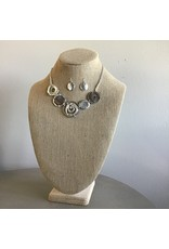 Mixed Up Circles Shell Necklace And Earring Set N1435S