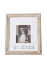 Mr and Mrs Frame 4695423