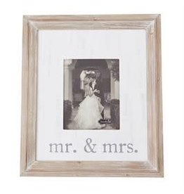 Mr and Mrs Frame 4695423
