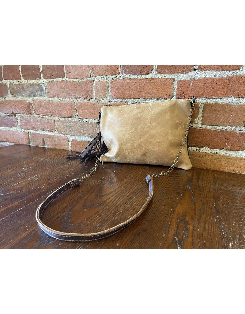 Canoe Tan  envelope purse 937-47