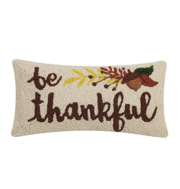 Be thankful hooked pillow
