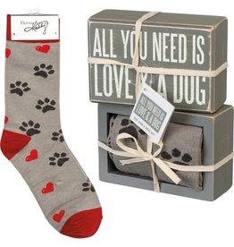 Box Sign and Sock Set 105536