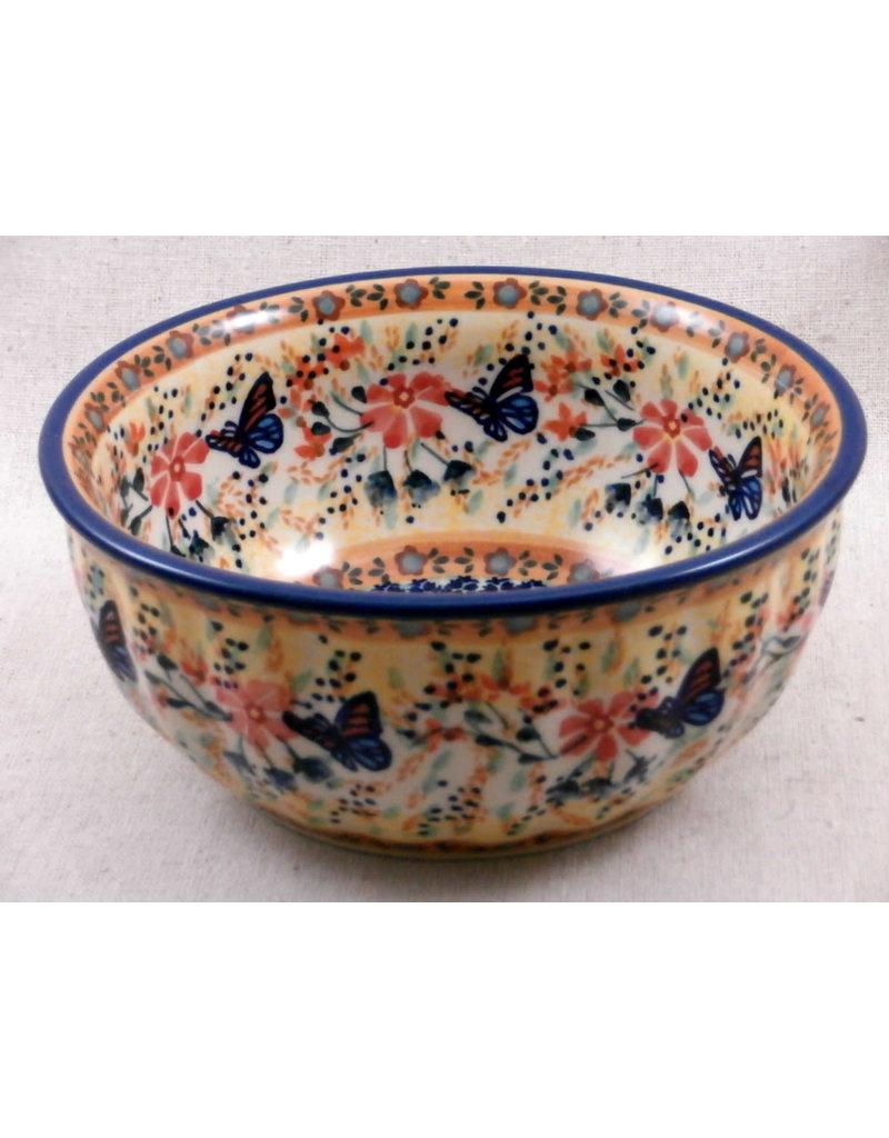 Fluted bowl signature f18