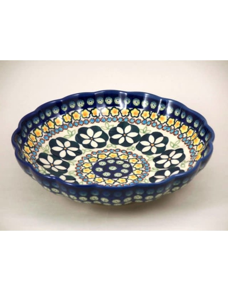 Scalloped dish exclusive 20