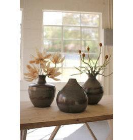 Raw metal & copper detail vase nde1283
