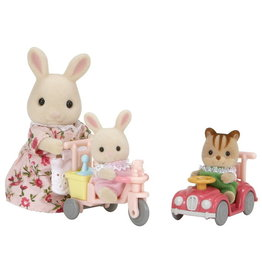 Calico Critters Calico Critters Apple & Jake's Ride n Play