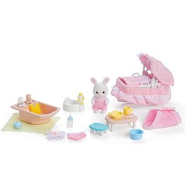 Calico Critters Calico Critters Sophie's Love 'n Care Set