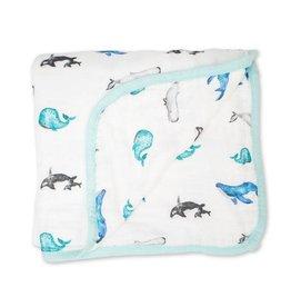 Lulujo Baby Lulujo Deluxe Muslin Quilt, Whales