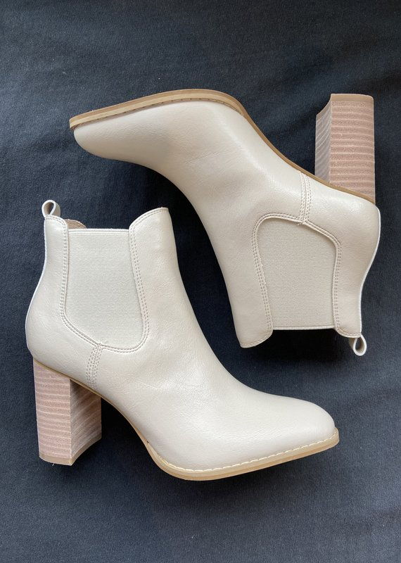 Mi iM Gail Heeled Chelsea Boot