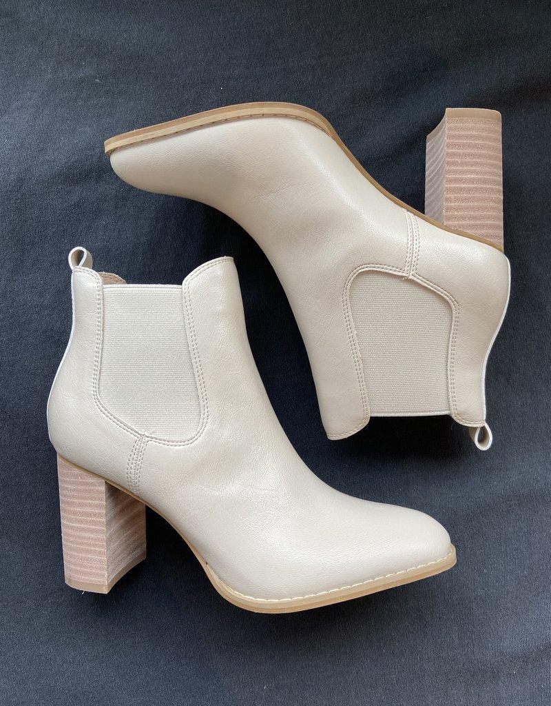Mi iM Gail Heeled Chelsea Boot