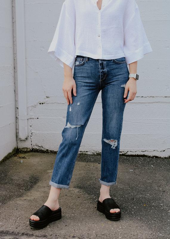 Joes Jeans Joe's: Scout Mid-Rise Slim Tomboy Crop *Last sizes: 26 & 27