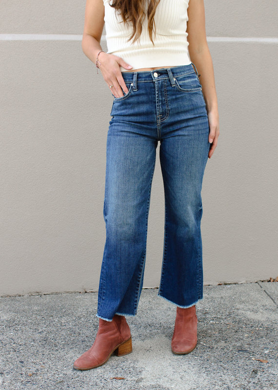 7 For All Mankind 7 For All Mankind: Cropped Alexa with Frayed Hem
