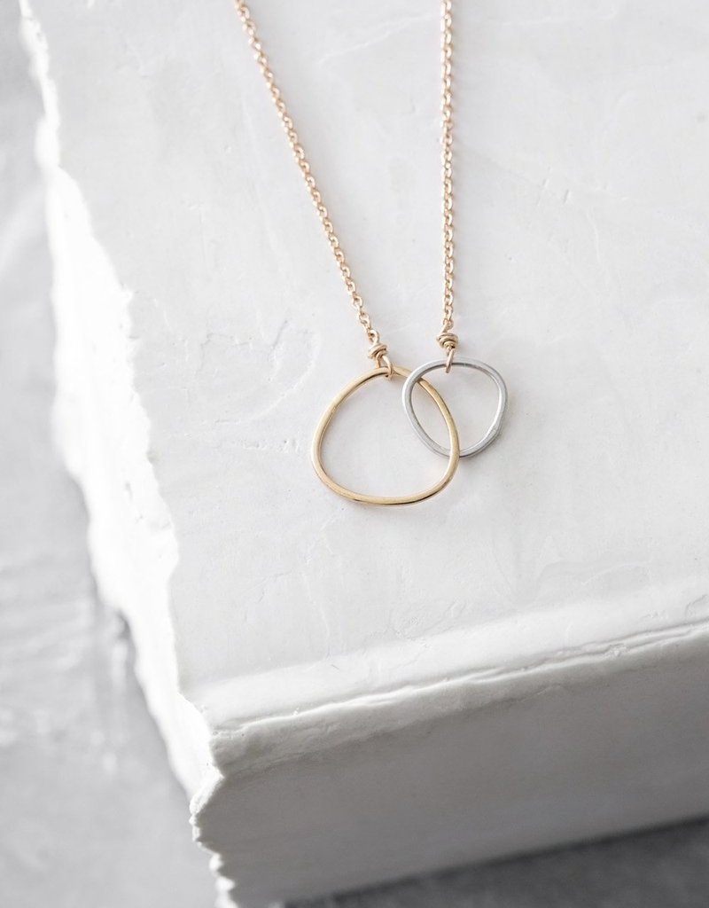 Colleen Mauer Silver & Gold Interlocking Gold Chain Necklace