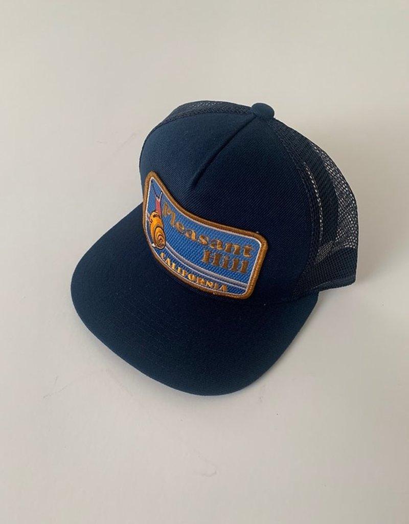 Venture Pleasant Hill Snail Black Townie Trucker