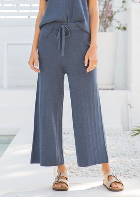 Stretch Waist Cropped Pants