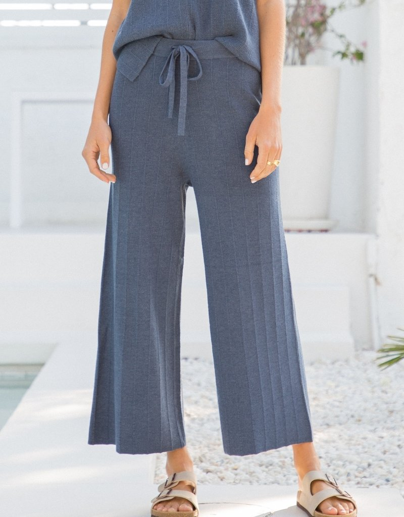 Stretch Waist Cropped Pants