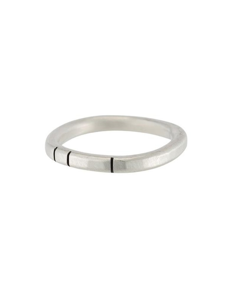 Colleen Mauer Round Silver Band 2.5mm Wide With 3 Carved Lines