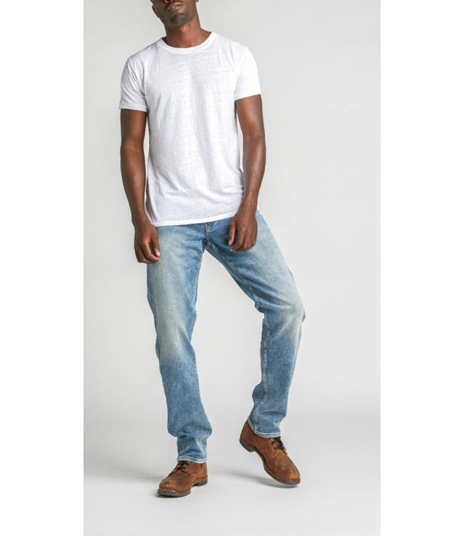 Eddie Relaxed Tapered Jean